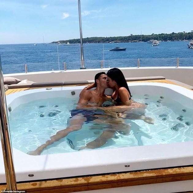 Роналдо брои 200 бона за яхта