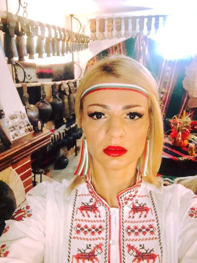 Десислава Дамянова, най-красивата участничка в обредни игри: И митничар, и кукер съм