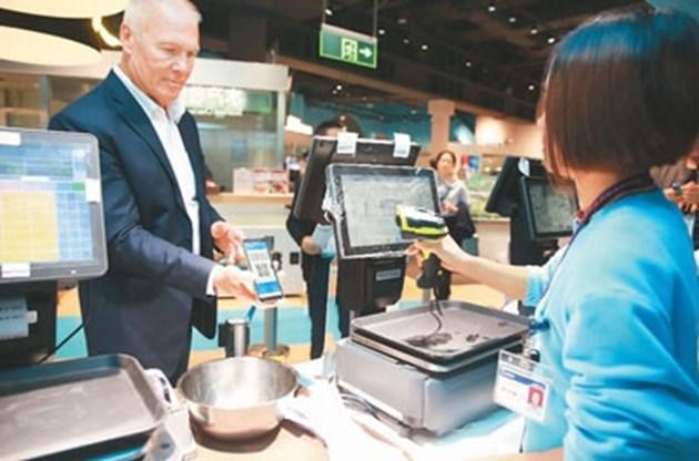Чуждестранните туристи в Китай вече имат достъп до мобилните разплащания