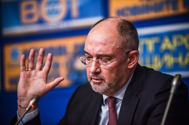Петър Величков: Боби взе милиони