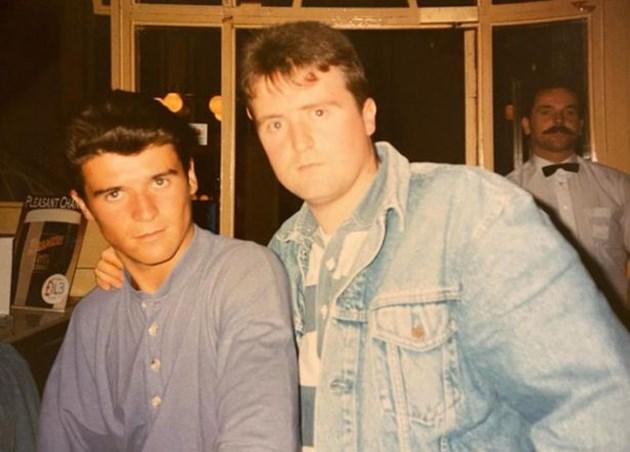 Рой Кийн (вляво) с приятеля си в (без)паметната нощ