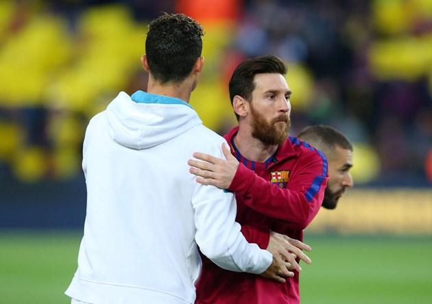 "Роналдо иска да мине Меси по ""топки"""