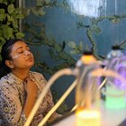 Бар за кислород предлага глътка спасение от смога в Делхи (Снимки)