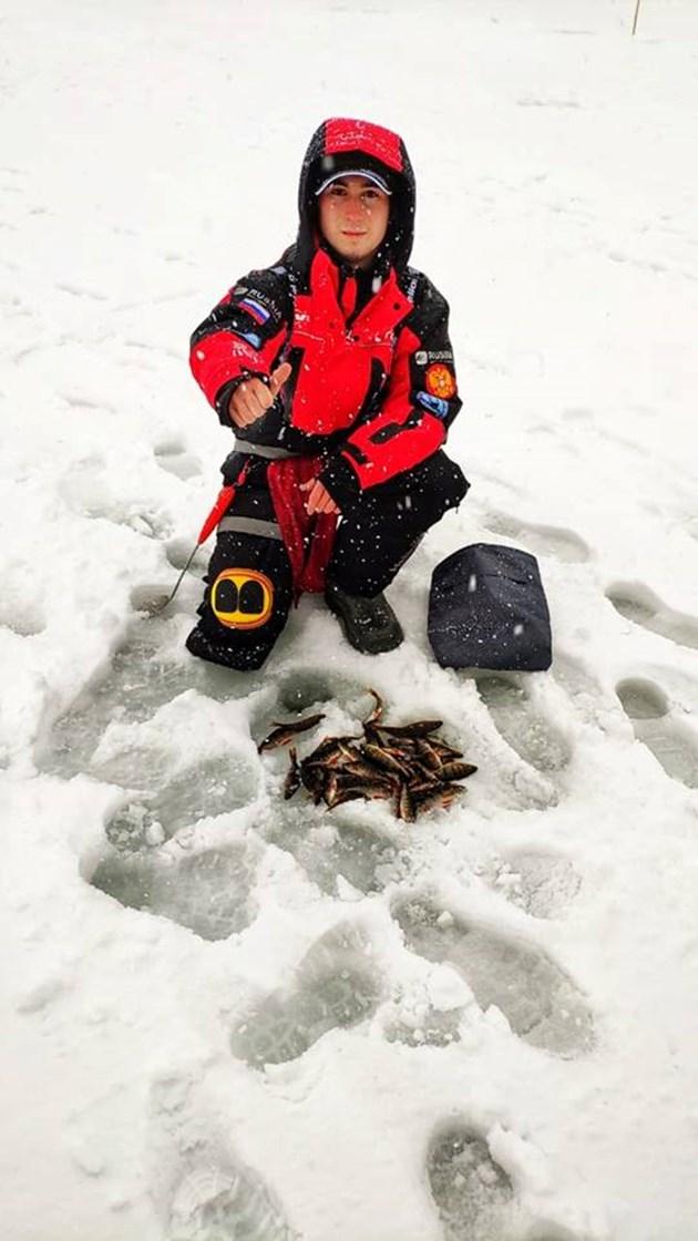 Снежна буря връхлетя рибарите преди световното