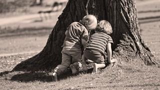 Защо палавите и непокорни деца са по-щастливи