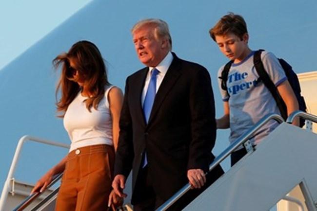 Мелания, Доналд и техният син - Барън