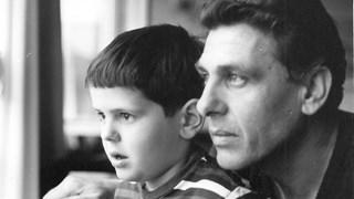 Синът на Апостол Карамитев събира пари за болната си от рак съпруга