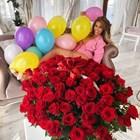 Лукс и червени рози за Джулка
