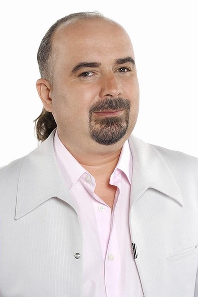 Певецът Орхан Мурад: Работата в театъра ме спасява от безпаричие